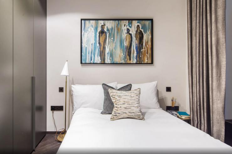 Lovelydays luxury service apartment rental - London - Soho - Berwick Street I - Lovelysuite - 3 bedrooms - 3 bathrooms - Double bed - five star apartment london - 9b4be10cdb27 - Lovelydays