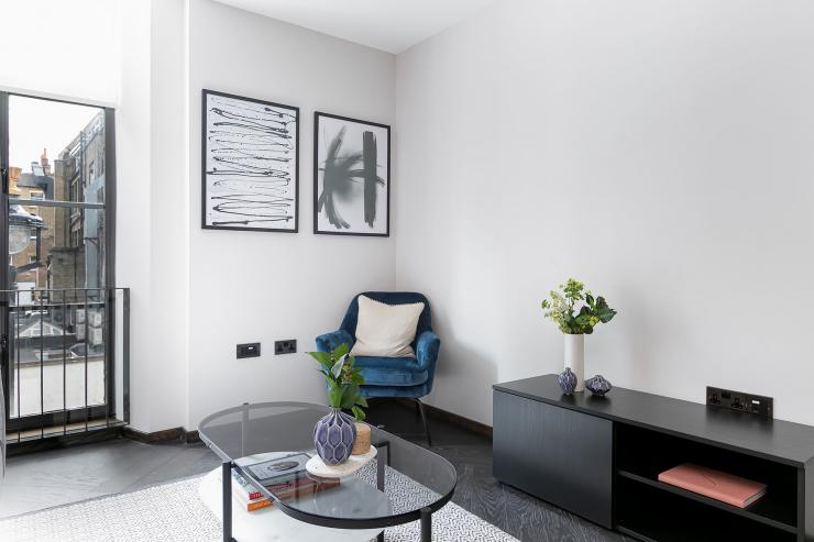 Lovelydays luxury service apartment rental - London - Soho - Berwick Street III - Lovelysuite - 1 bedrooms - 1 bathrooms - Luxury living room - rent apartments london - 343c4bcbff49 - Lovelydays