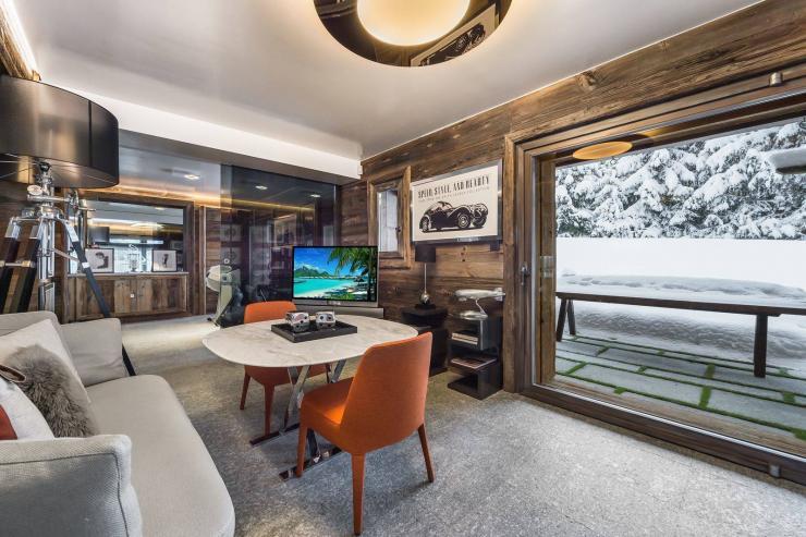 Lovelydays luxury service apartment rental - Megève - Senses Chalet - Partner - 6 bedrooms - 6 bathrooms - Comfortable sofa - d510d6cfe20a - Lovelydays