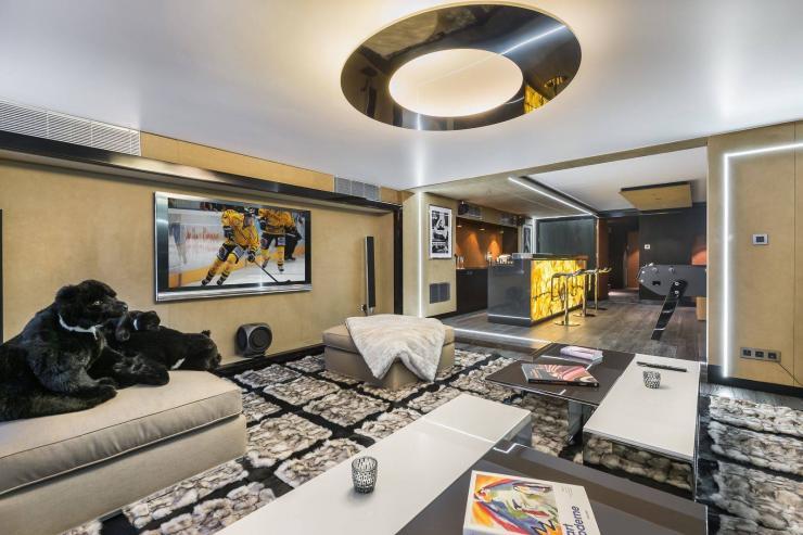 Lovelydays luxury service apartment rental - Megève - Senses Chalet - Partner - 6 bedrooms - 6 bathrooms - Comfortable sofa - 65dd98b2e8ff - Lovelydays