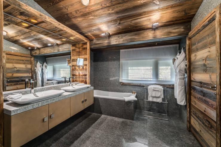 Lovelydays luxury service apartment rental - Megève - Senses Chalet - Partner - 6 bedrooms - 6 bathrooms - Beautiful bathtub - 0a25d68d7d69 - Lovelydays