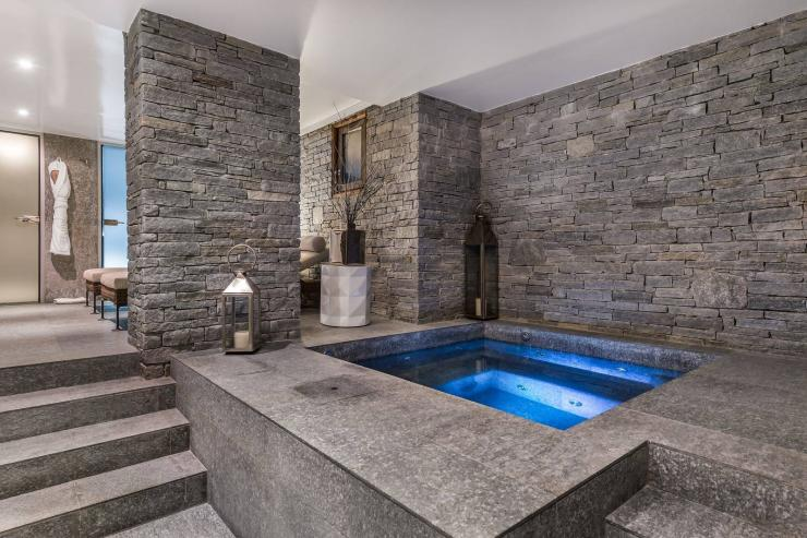 Lovelydays luxury service apartment rental - Megève - Senses Chalet - Partner - 6 bedrooms - 6 bathrooms - Jacuzzi - 55270a3d99b9 - Lovelydays