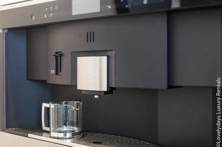 Lovelydays luxury service apartment rental - London - Covent Garden - Cockspur Street - Lovelysuite - 3 bedrooms - 2 bathrooms - Design - 15d9ed549693 - Lovelydays