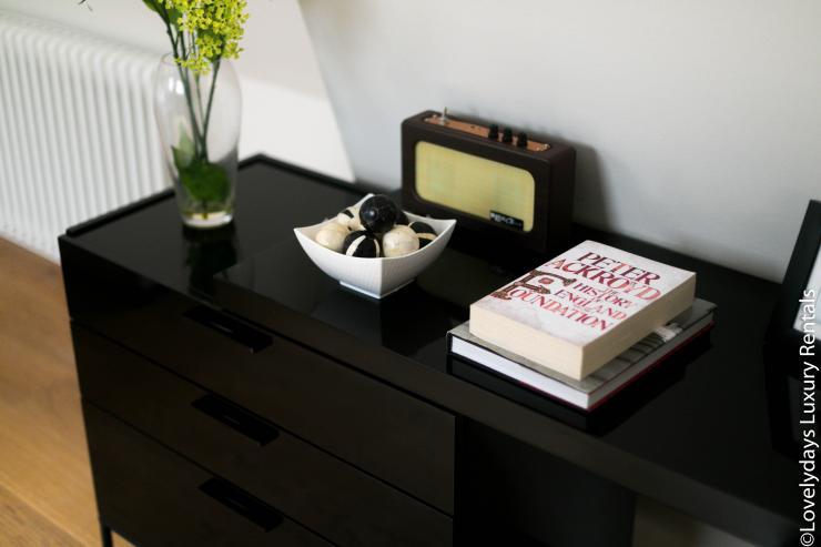 Lovelydays luxury service apartment rental - London - Soho - D'Arblay Street - Lovelysuite - 1 bedrooms - 1 bathrooms - Professional kitchen - design - 8fa736499ad8 - Lovelydays