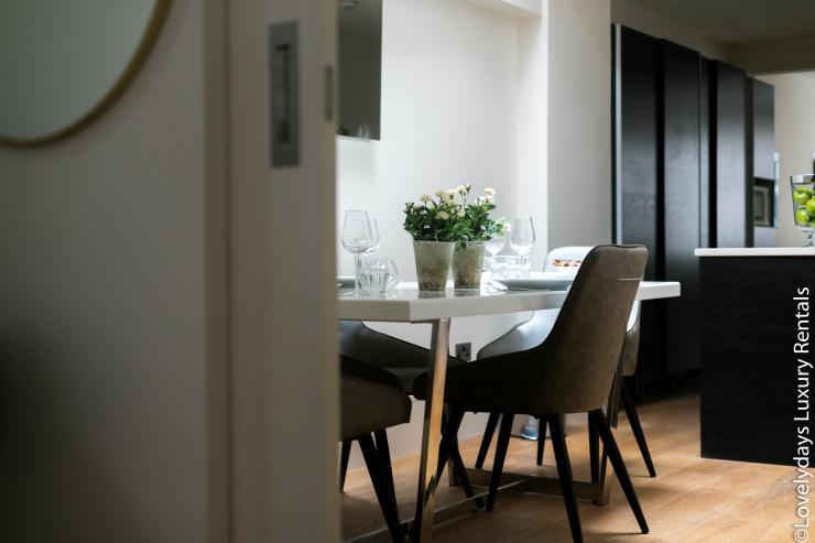 Lovelydays luxury service apartment rental - London - Soho - D'Arblay Street - Lovelysuite - 1 bedrooms - 1 bathrooms - Professional kitchen - design - 6f7459f5b1a6 - Lovelydays