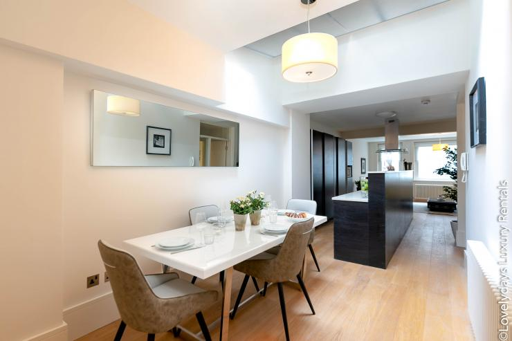 Lovelydays luxury service apartment rental - London - Soho - D'Arblay Street - Lovelysuite - 1 bedrooms - 1 bathrooms - Double living room - 5994b54e0a5b - Lovelydays