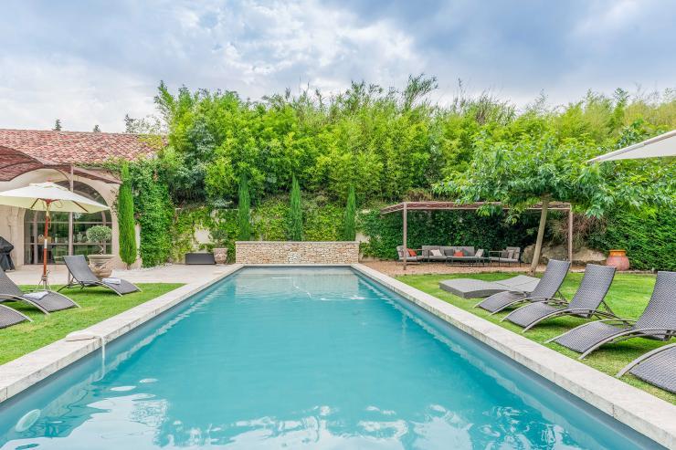 Lovelydays luxury service apartment rental - St Rémy de Provence and surroundings - Ameu Mas - Partner - 6 bedrooms - 6 bathrooms - Outside swimming pool - f6113aebc086 - Lovelydays