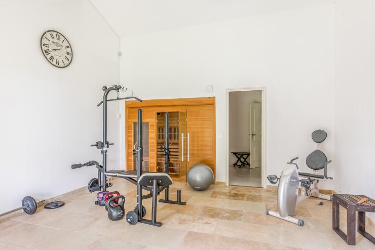 Lovelydays luxury service apartment rental - St Rémy de Provence and surroundings - Ameu Mas - Partner - 6 bedrooms - 6 bathrooms - Gym - 1cdadc1c7751 - Lovelydays
