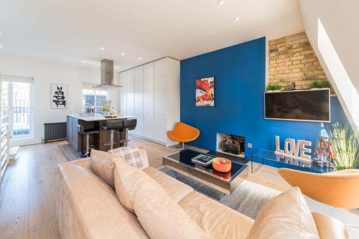 Lovelydays luxury service apartment rental - London - Fitzrovia - Foley Street II - Lovelysuite - 2 bedrooms - 2 bathrooms - Luxury living room - 0d871716b284 - Lovelydays