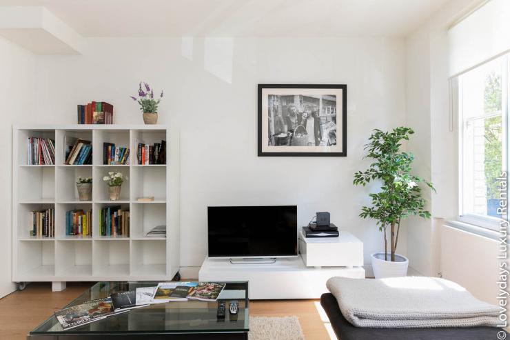 Lovelydays luxury service apartment rental - London - Fitzrovia - Foley Street - Lovelysuite - 2 bedrooms - 2 bathrooms - TV - 403eaf9e8211 - Lovelydays