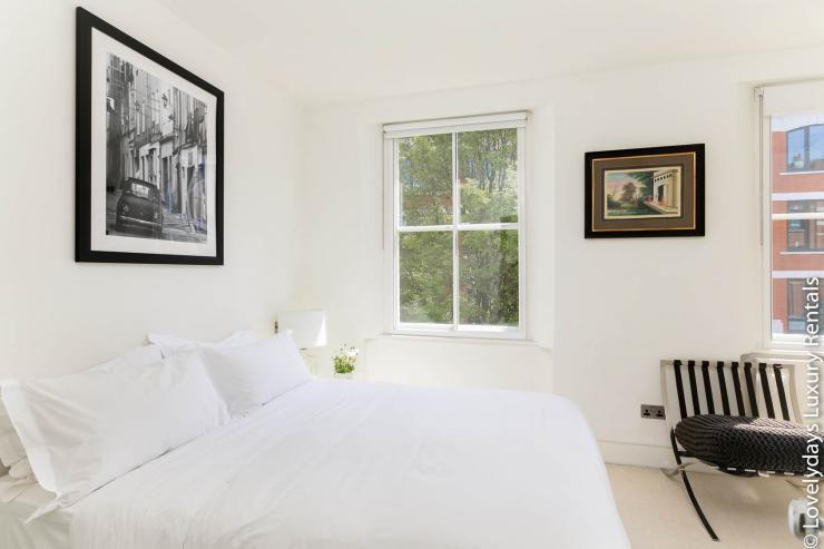 Lovelydays luxury service apartment rental - London - Fitzrovia - Foley Street - Lovelysuite - 2 bedrooms - 2 bathrooms - Double bed - 10ebfe2085c0 - Lovelydays