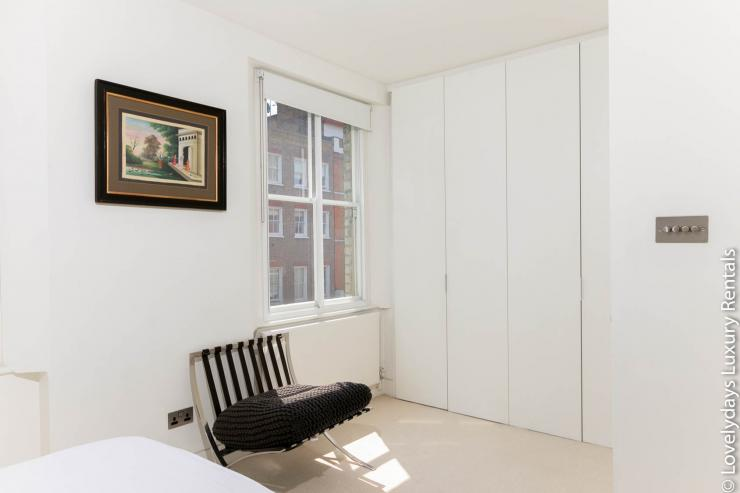 Lovelydays luxury service apartment rental - London - Fitzrovia - Foley Street - Lovelysuite - 2 bedrooms - 2 bathrooms - Double bed - 12373834b91b - Lovelydays