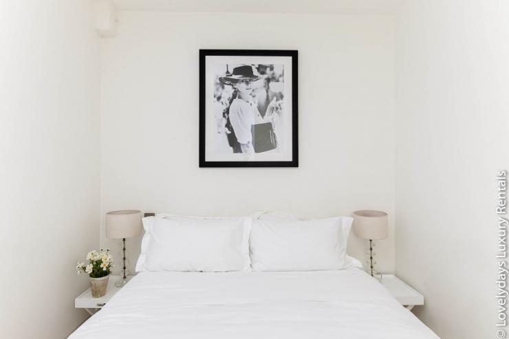 Lovelydays luxury service apartment rental - London - Fitzrovia - Foley Street - Lovelysuite - 2 bedrooms - 2 bathrooms - Double bed - 0027660fc7aa - Lovelydays