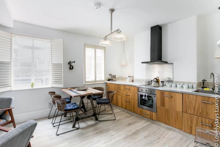 Lovelydays luxury service apartment rental - London - Fitzrovia - Goodge 55 - Lovelysuite - 2 bedrooms - 3 bathrooms - Luxury kitchen - 246cf8b8a7f4 - Lovelydays
