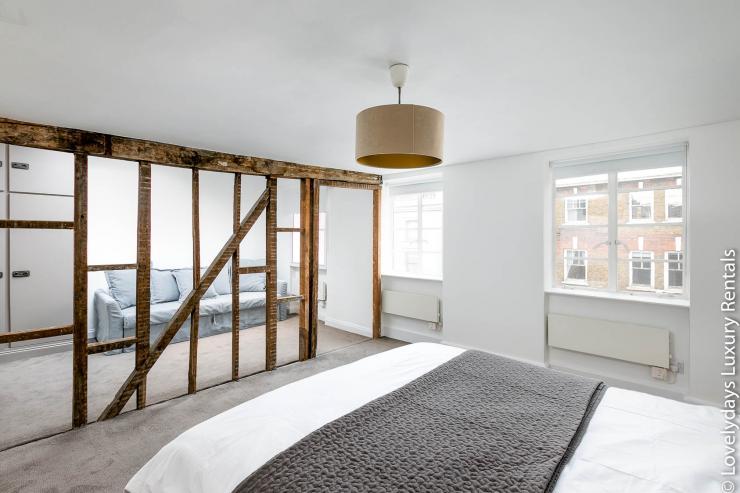 Lovelydays luxury service apartment rental - London - Fitzrovia - Goodge 55 - Lovelysuite - 2 bedrooms - 3 bathrooms - King bed - aee9464c6eed - Lovelydays