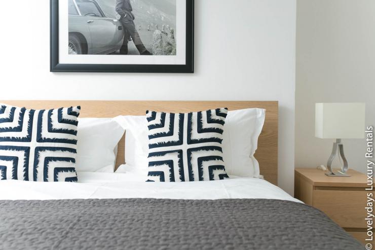 Lovelydays luxury service apartment rental - London - Fitzrovia - Goodge 55 - Lovelysuite - 2 bedrooms - 3 bathrooms - Double bed - f0113f0204b1 - Lovelydays