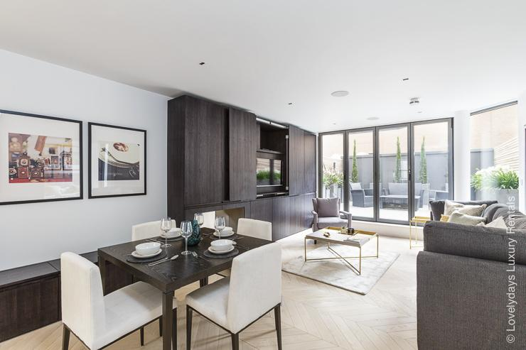 Lovelydays luxury service apartment rental - London - Fitzrovia - Goodge street - Lovelysuite - 2 bedrooms - 2 bathrooms - Luxury living room - a040bed35c3c - Lovelydays