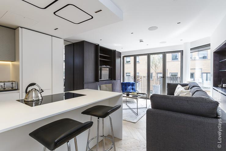 Lovelydays luxury service apartment rental - London - Fitzrovia - Goodge street III - Lovelysuite - 3 bedrooms - 2 bathrooms - Luxury living room - book apartments in london - f49cb2d2addc - Lovelydays