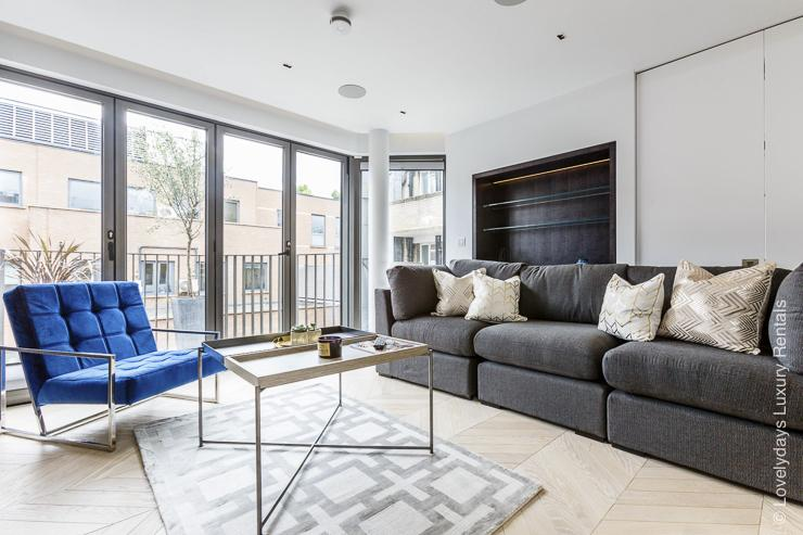 https://lovelydays.com/images/properties/img/Goodge-street-III/11-Goodge-St-3-16.jpg