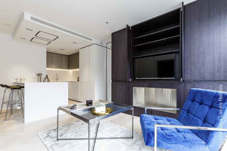 Lovelydays luxury service apartment rental - London - Fitzrovia - Goodge street III - Lovelysuite - 3 bedrooms - 2 bathrooms - Luxury living room - book apartments in london - 40f36e5af5b1 - Lovelydays