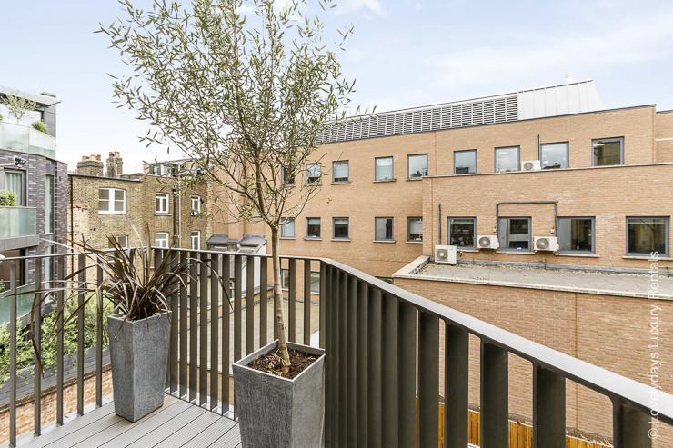 Lovelydays luxury service apartment rental - London - Fitzrovia - Goodge street III - Lovelysuite - 3 bedrooms - 2 bathrooms - Balcony - book apartments in london - c50ed0ecfbbb - Lovelydays