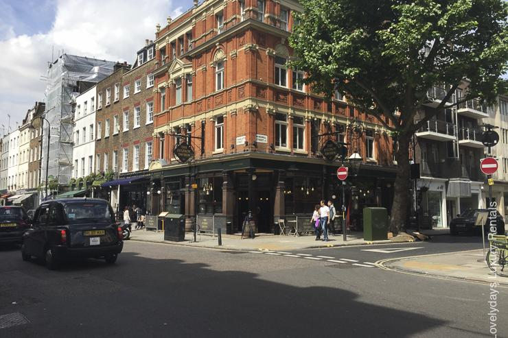 Lovelydays luxury service apartment rental - London - Fitzrovia - Goodge street III - Lovelysuite - 3 bedrooms - 2 bathrooms - Hallway - book apartments in london - dd122f38997b - Lovelydays
