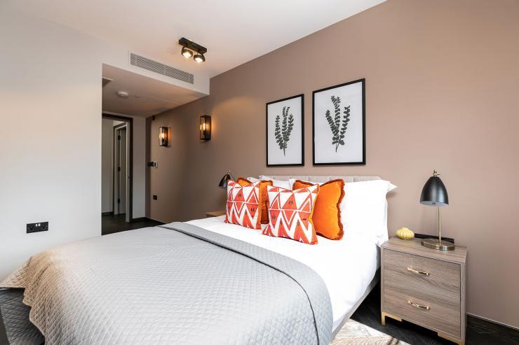Lovelydays luxury service apartment rental - London - Soho - Great Marlborough St VIII - Lovelysuite - 3 bedrooms - 3 bathrooms - Queen bed - 5 star serviced apartments in london - bf7ae7214eff - Lovelydays
