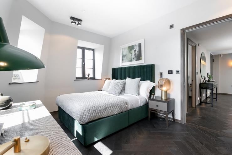Lovelydays luxury service apartment rental - London - Soho - Great Marlborough St. IX - Lovelysuite - 2 bedrooms - 2 bathrooms - Queen bed - 5 star apartment in london - a4306a96c26c - Lovelydays