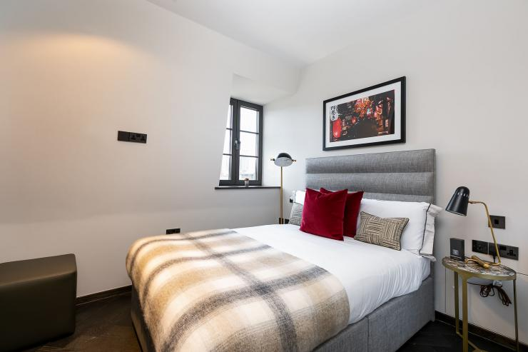 Lovelydays luxury service apartment rental - London - Soho - Great Marlborough St. IX - Lovelysuite - 2 bedrooms - 2 bathrooms - Queen bed - 5 star apartment in london - baebd9967334 - Lovelydays