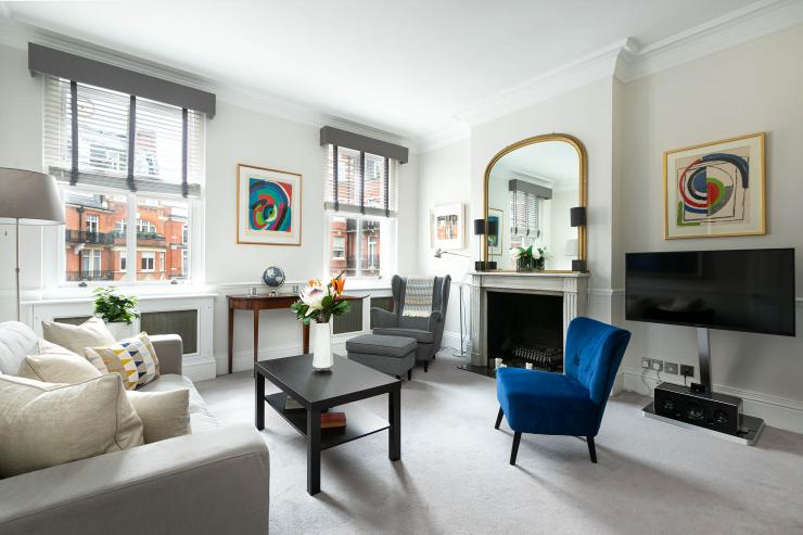 https://lovelydays.com/images/properties/img/Kensington-Court/Kensington-Court-db6c48d09853.jpeg
