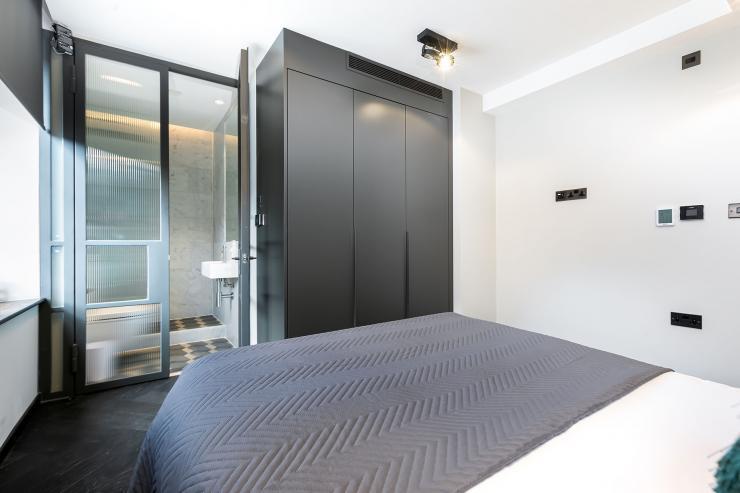 Lovelydays luxury service apartment rental - London - Soho - Noel Street VI - Lovelysuite - 2 bedrooms - 2 bathrooms - Queen bed - luxury apartment in london - ad139846be5c - Lovelydays