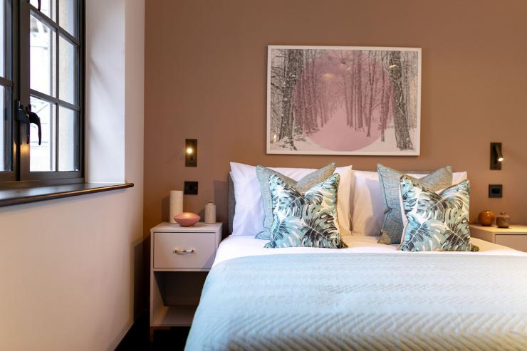 Lovelydays luxury service apartment rental - London - Soho - Oxford Street V - Lovelysuite - 1 bedrooms - 1 bathrooms - Queen bed - book serviced apartments london - 59bed8060751 - Lovelydays