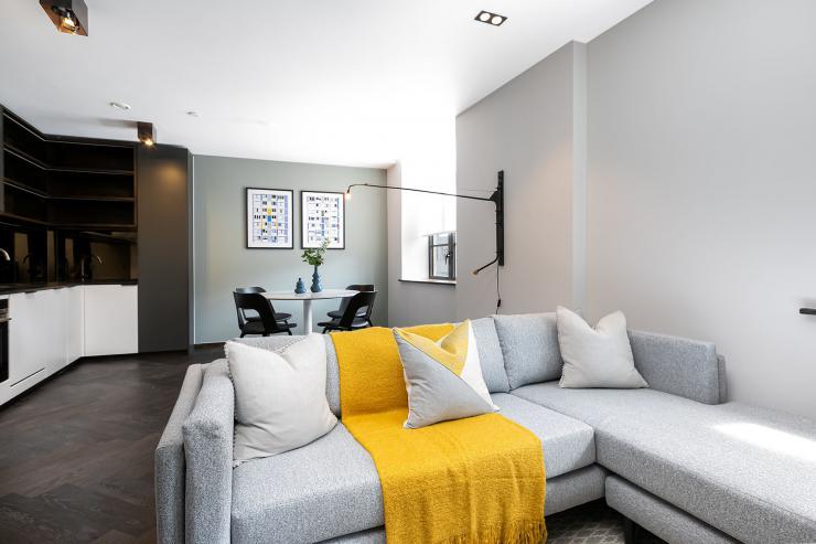 Lovelydays luxury service apartment rental - London - Soho - Oxford Street V - Lovelysuite - 1 bedrooms - 1 bathrooms - Luxury living room - book serviced apartments london - 736f41ab6c48 - Lovelydays