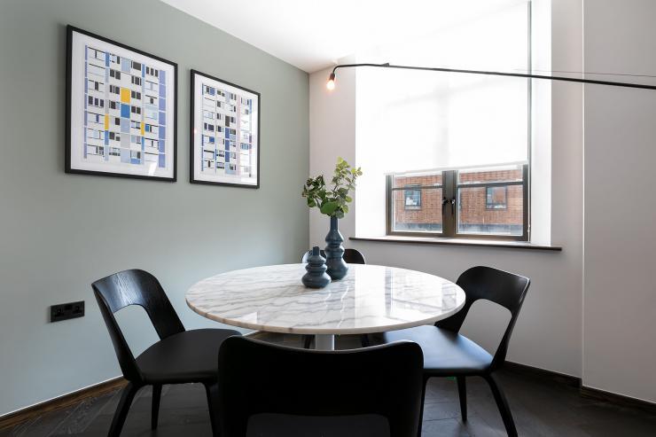 Lovelydays luxury service apartment rental - London - Soho - Oxford Street V - Lovelysuite - 1 bedrooms - 1 bathrooms - Dining living room - book serviced apartments london - 42ff28d3a4c4 - Lovelydays