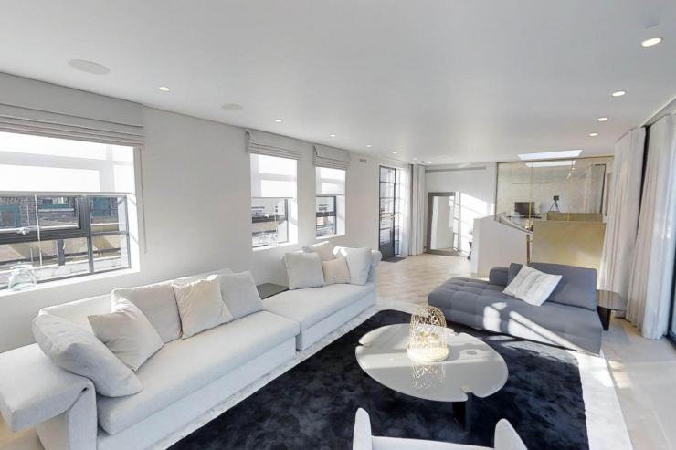 Lovelydays luxury service apartment rental - London - Soho - Royalty Mews I - Partner - 3 bedrooms - 2 bathrooms - Luxury living room - dc90e0718899 - Lovelydays
