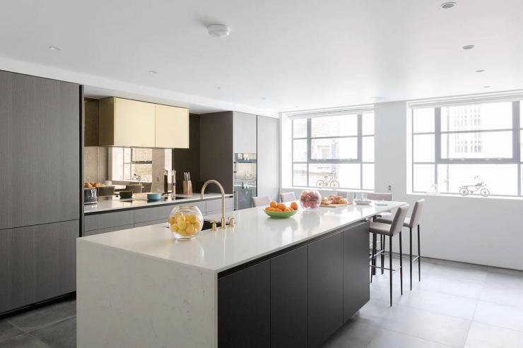 Lovelydays luxury service apartment rental - London - Soho - Royalty Mews I - Partner - 3 bedrooms - 2 bathrooms - Luxury kitchen - d45bb4d95798 - Lovelydays