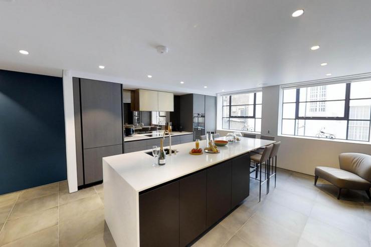 Lovelydays luxury service apartment rental - London - Soho - Royalty Mews I - Partner - 3 bedrooms - 2 bathrooms - Luxury kitchen - 3c69277c1fb0 - Lovelydays