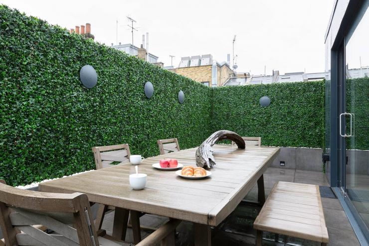 Lovelydays luxury service apartment rental - London - Soho - Royalty Mews I - Partner - 3 bedrooms - 2 bathrooms - Huge terrace - 7047750a82c1 - Lovelydays