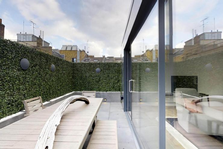 Lovelydays luxury service apartment rental - London - Soho - Royalty Mews I - Partner - 3 bedrooms - 2 bathrooms - Huge terrace - fe23e0665285 - Lovelydays