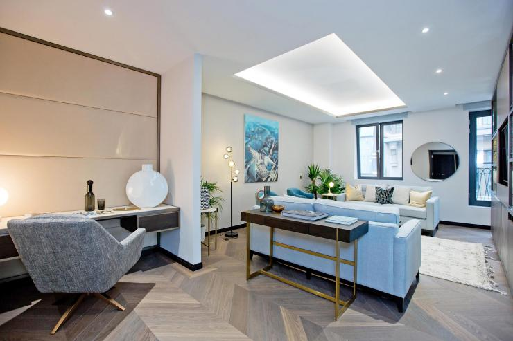 <p>Lovelydays Luxury Rentals introduce you pictures of a charming house in the heart of London</p>