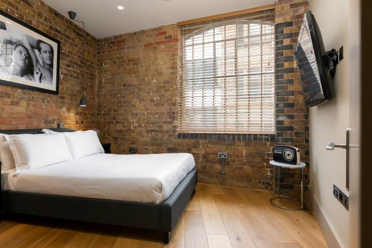 Lovelydays luxury service apartment rental - London - Fitzrovia - Wells Mews A - Lovelysuite - 2 bedrooms - 2 bathrooms - Queen bed - 5 star serviced apartments in london - 2fee19d9f8cf - Lovelydays