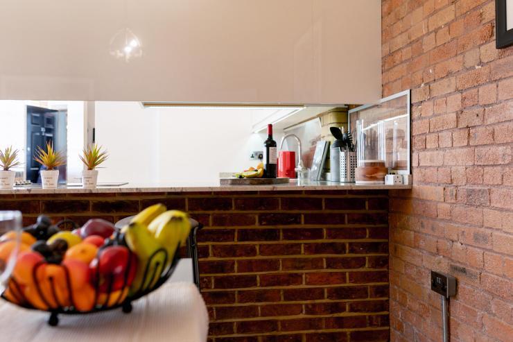 Lovelydays luxury service apartment rental - London - Fitzrovia - Wells Mews B - Lovelysuite - 2 bedrooms - 2 bathrooms - Luxury kitchen - daace10dc11d - Lovelydays