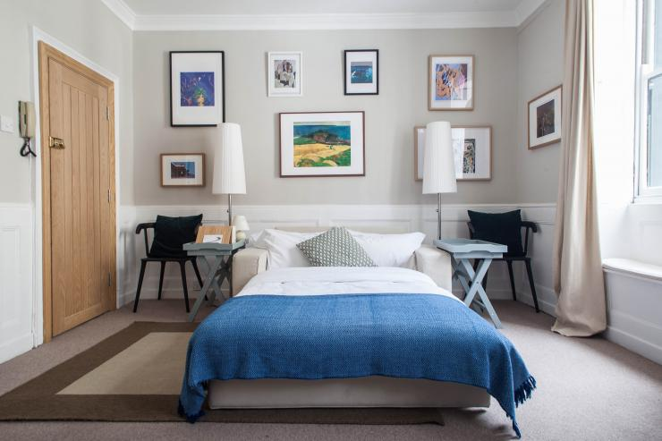 https://lovelydays.com/images/properties/img/Windmill-Street-Studio/IMG-0829.jpg