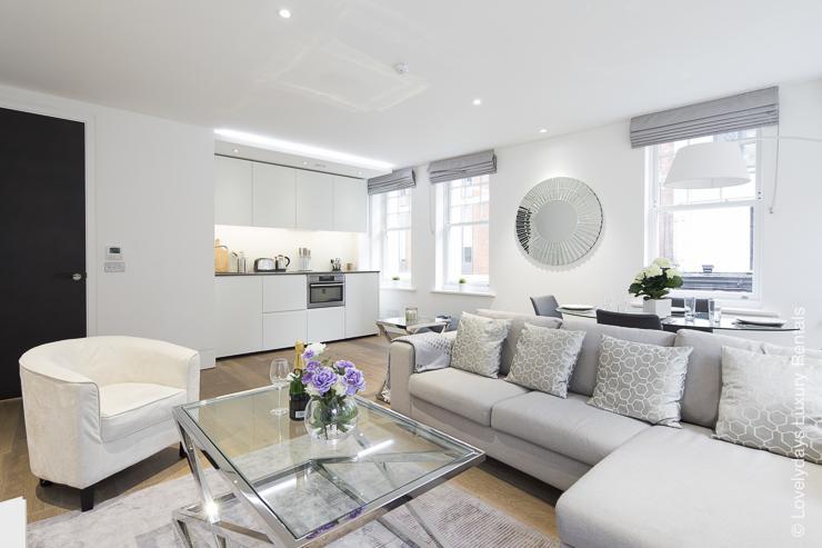 Lovelydays luxury service apartment rental - London - Soho - Romilly Street - Lovelysuite - 2 bedrooms - 2 bathrooms - Luxury living room - five star serviced apartments - 61b08c90290d - Lovelydays