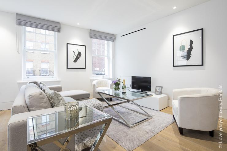 Lovelydays luxury service apartment rental - London - Soho - Romilly Street - Lovelysuite - 2 bedrooms - 2 bathrooms - Luxury living room - five star serviced apartments - 1b2867590cd7 - Lovelydays