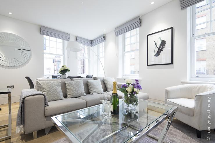 Lovelydays luxury service apartment rental - London - Soho - Romilly Street - Lovelysuite - 2 bedrooms - 2 bathrooms - Luxury living room - five star serviced apartments - 613bcddd8d53 - Lovelydays