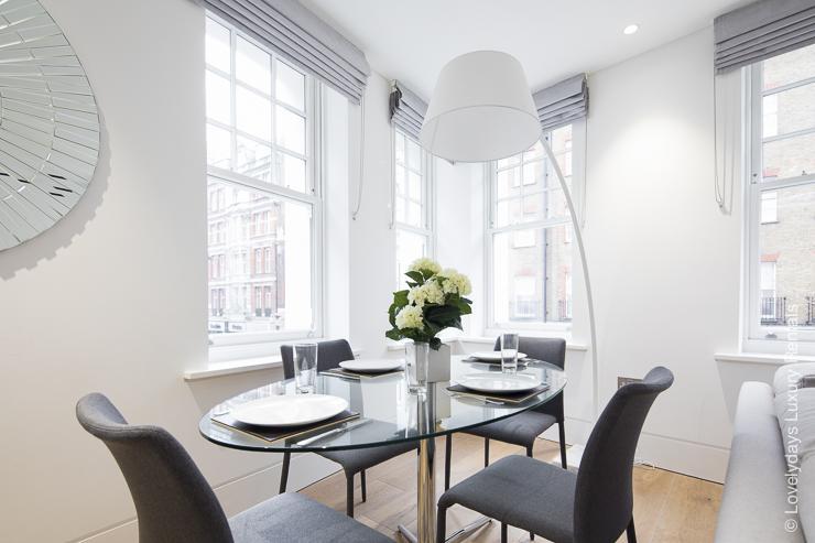 Lovelydays luxury service apartment rental - London - Soho - Romilly Street - Lovelysuite - 2 bedrooms - 2 bathrooms - Dining living room - five star serviced apartments - 1e25c0d2df36 - Lovelydays