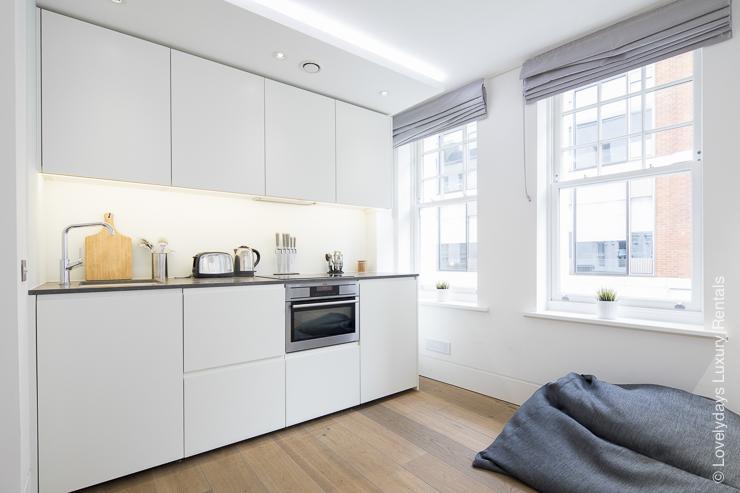 Lovelydays luxury service apartment rental - London - Soho - Romilly Street - Lovelysuite - 2 bedrooms - 2 bathrooms - Luxury kitchen - five star serviced apartments - 3e957414e9fc - Lovelydays